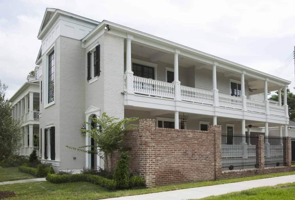 Charleston Exterior Side