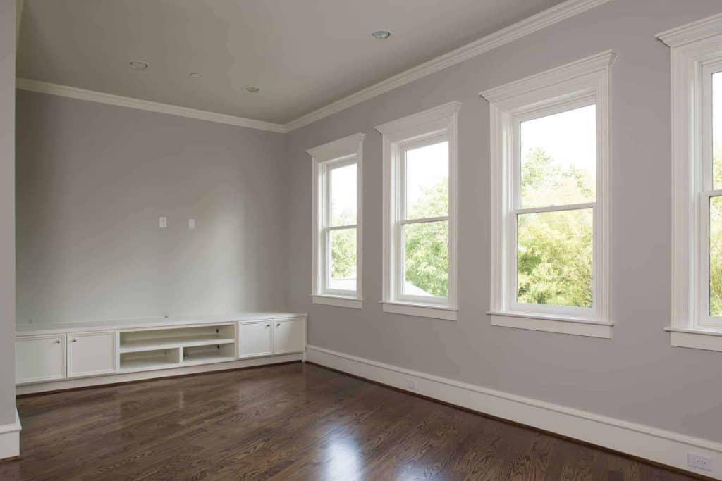 new-orleans-living room-wood-floor