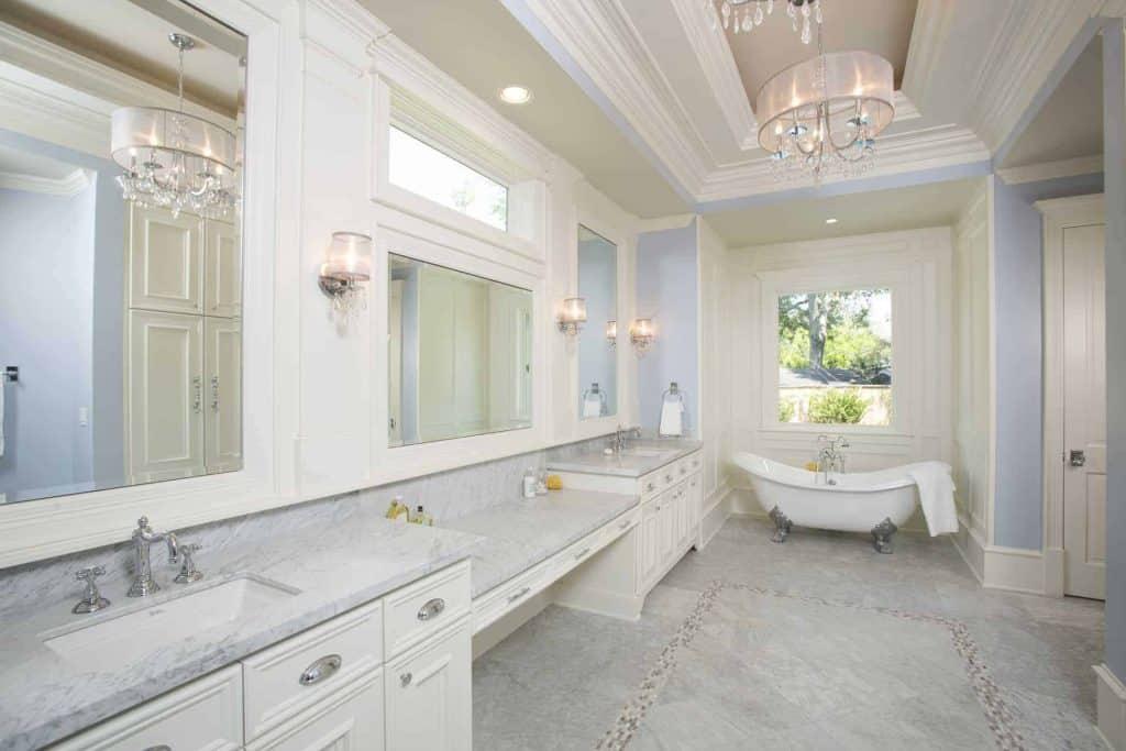 new-orleans-master-bathroom-tub
